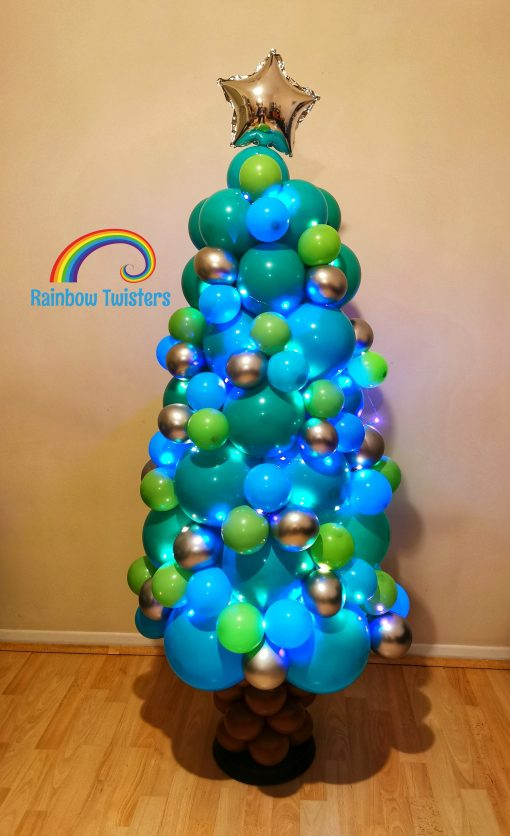Christmas Tree Balloons by Rainbow Twisters Glasgow